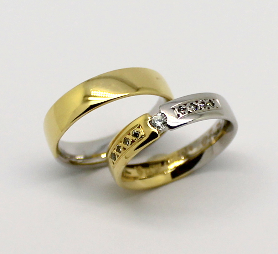 Aliança Flutuante 10 gramas Zircônios Ouro Amarelo e Ouro Branco 18k ... 79332d36b9