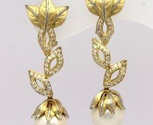 Brinco Floral Diamantes e Pérola Ouro Amarelo e Ouro Branco 18k 750 (8)