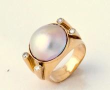 Anel Madrepérola Oval Diamante Ouro Amarelo 18k 750