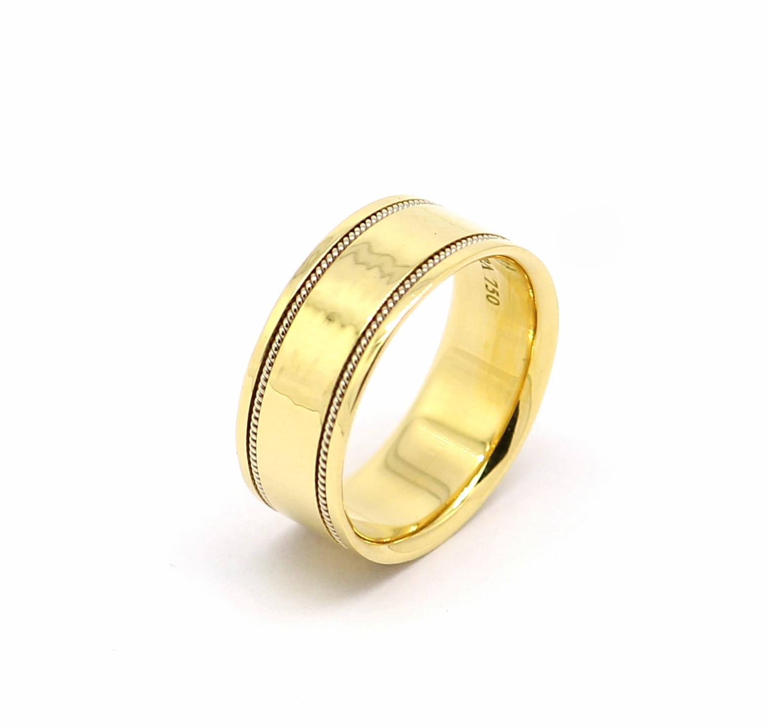 Par de Alianças Ouro Amarelo com Fio Ouro Branco 18k 750 - Marcio ... f6fbd633df